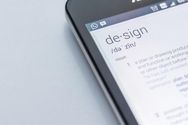 スマートフォンの辞書アプリ