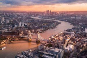 上空から見たロンドンの風景