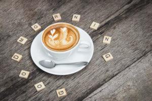 朝の一杯のカフェラテ